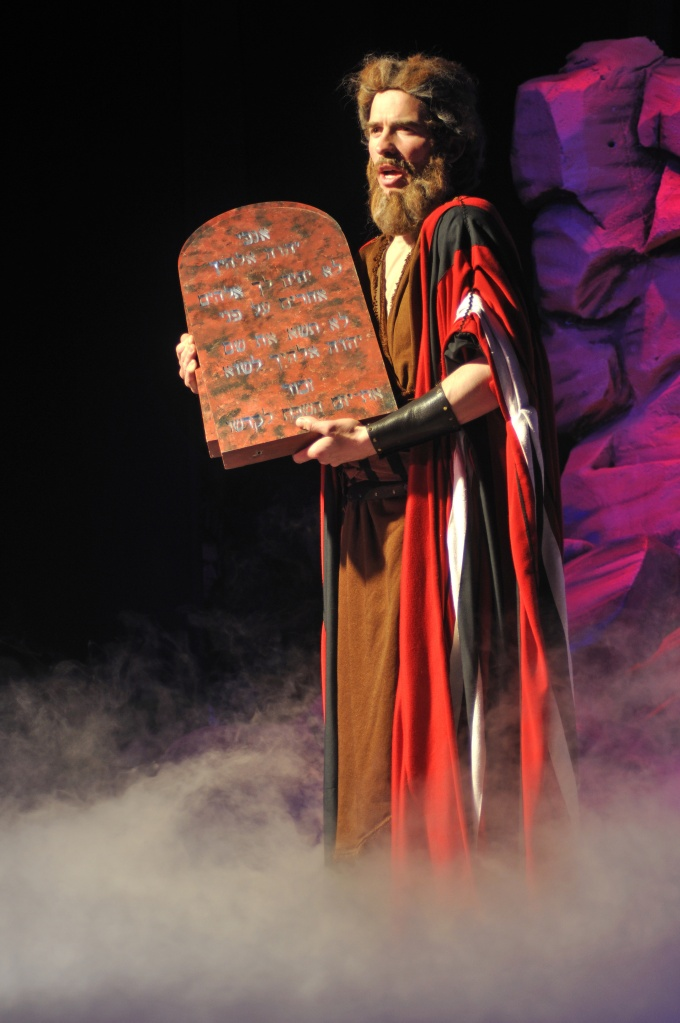 meet the ten commandments